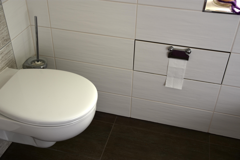 In den Badezimmer-Nischen liegt der Platz  Architektenwelt